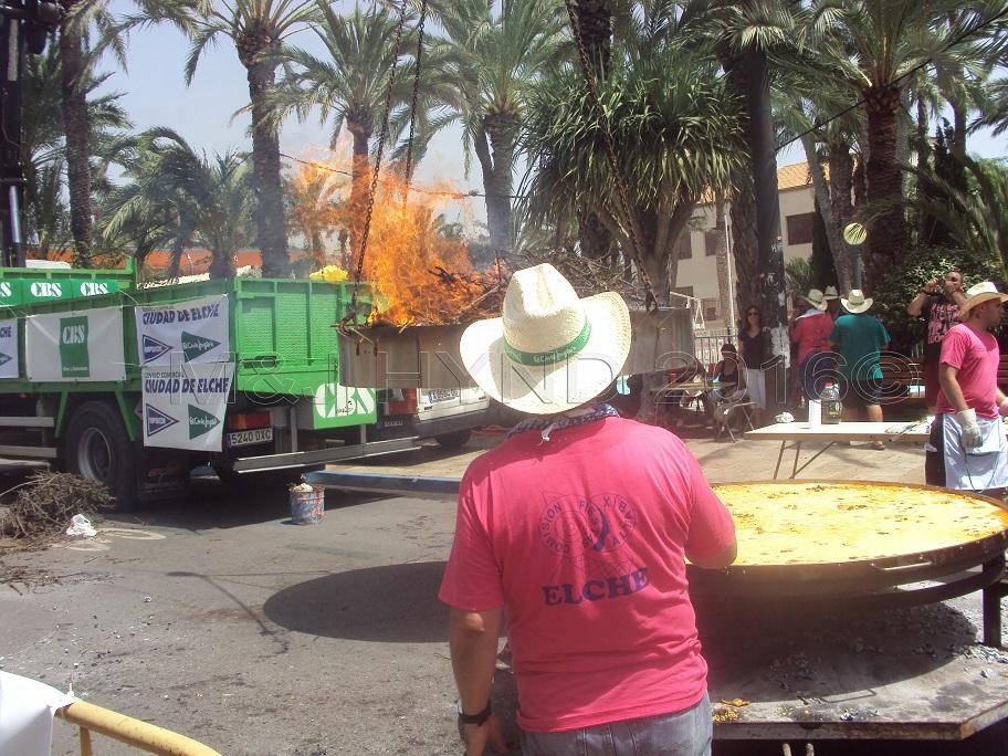Elche Fiesta: Arroz Con Costra (Large) #7
