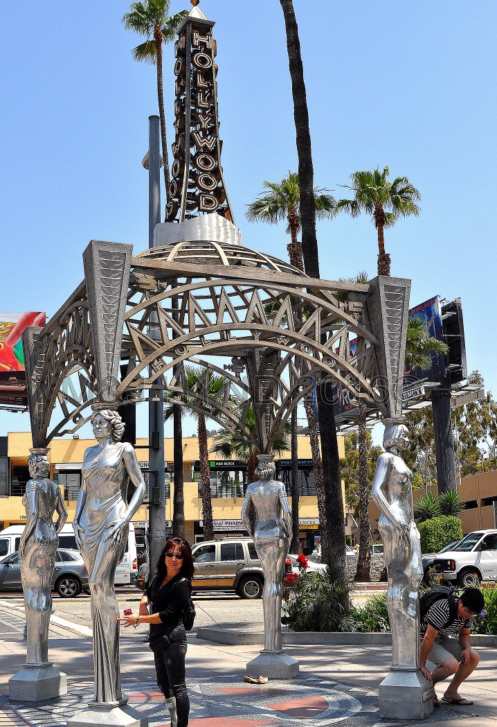 Four Ladies of Hollywood statue, Hollywood, LA, USA