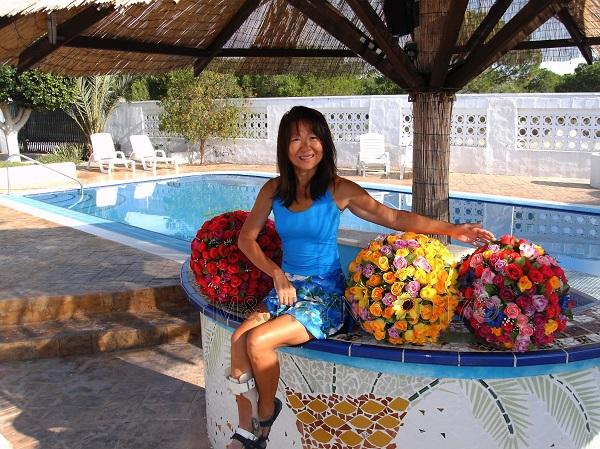 onehand Flowerballs, Costa Blanca, Spain