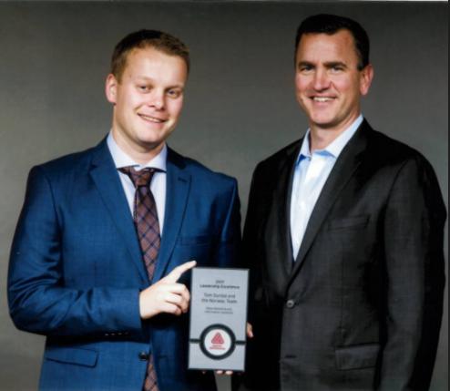 Tom Dyrdal, daglig leder NTP og Mitchell R. Butier - CEO Avery Dennison