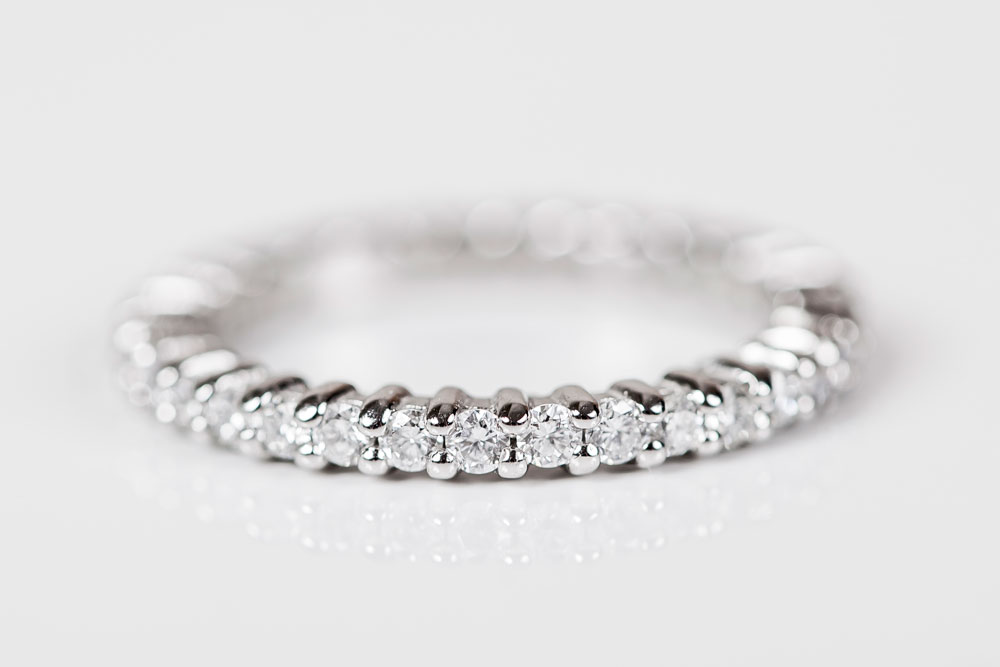 eternityring_2_hertfordshire_bespoke_platinium_Diamond_Wedding_band_hitchin.jpg