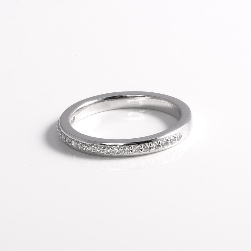 Platinum_diamond_Half_eternity_ring_James_Veale_Bespoke .jpg