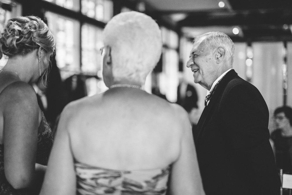 Jory_LoebBoathouse_CentralPark_NewYork_WeddingPhotographer083.jpg
