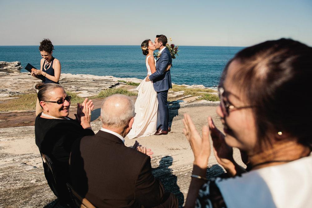 LZ_CoogeeBeach_Wedding_Photographer019.jpg