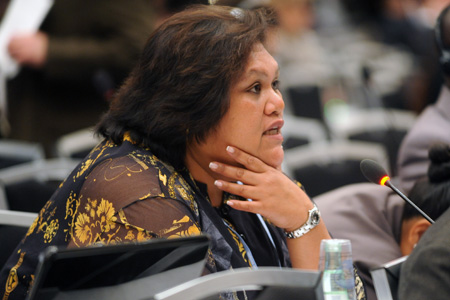 På vegne av de små øystaene la Nauru i går fram et forslag for åøke utslippskuttene før 2020. Bildet er fra forhandlingene i Bonn tidligere i år. FOTO: Leila Mead/IISD