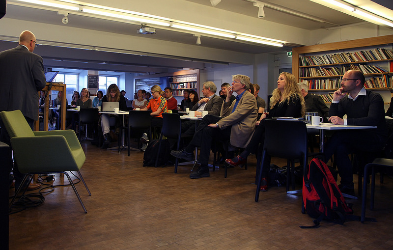 Fullt i kjelleren på Litteraturhuset da CICEP og CREE arrangerte brukerkonferanse torsdag 24. april. Foto: Monica Bjermeland.