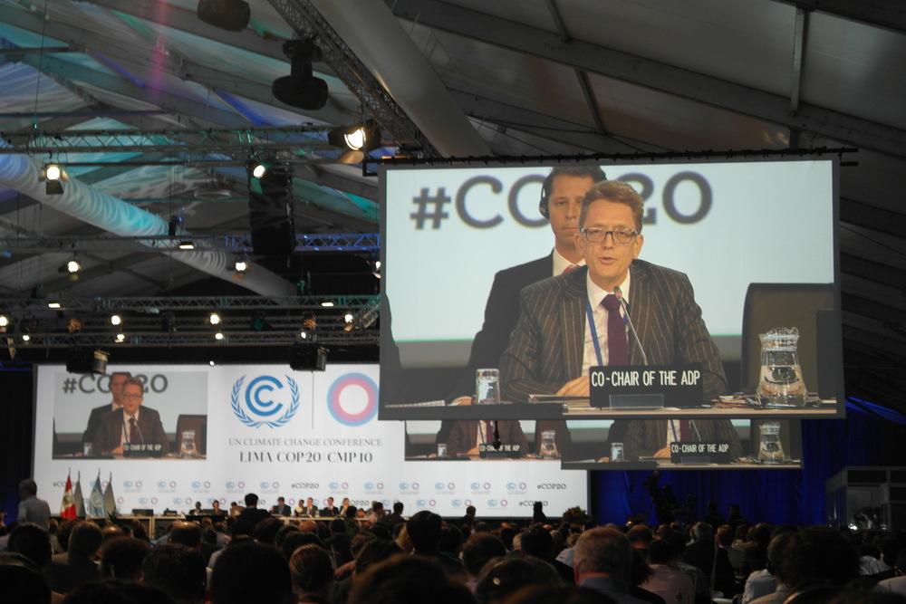 ADP co-chair Artur Runge-Metzger hadde en utfordrende jobb med å få partene til å bli enige om veien mot en avtale i Paris.