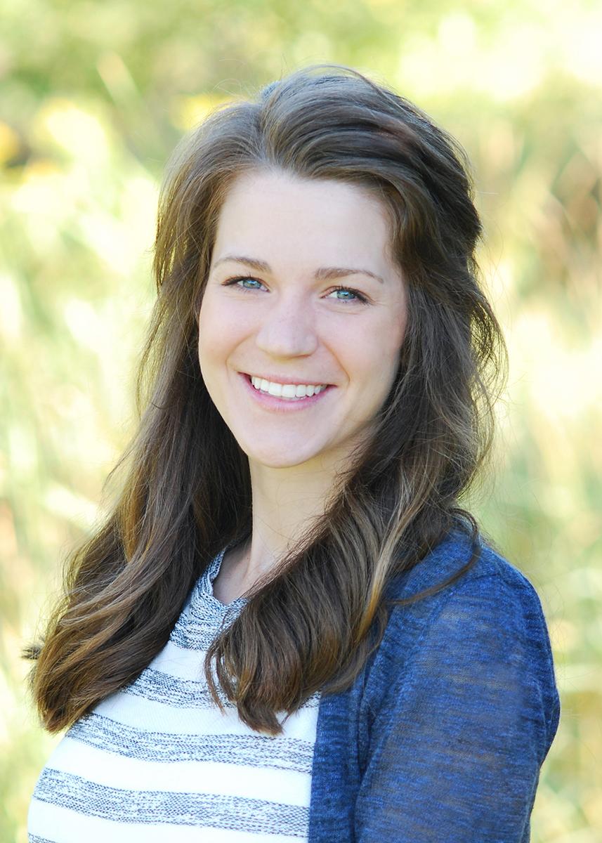 Dr-Victoria-Severson-Edgewood-Dental-Baxter