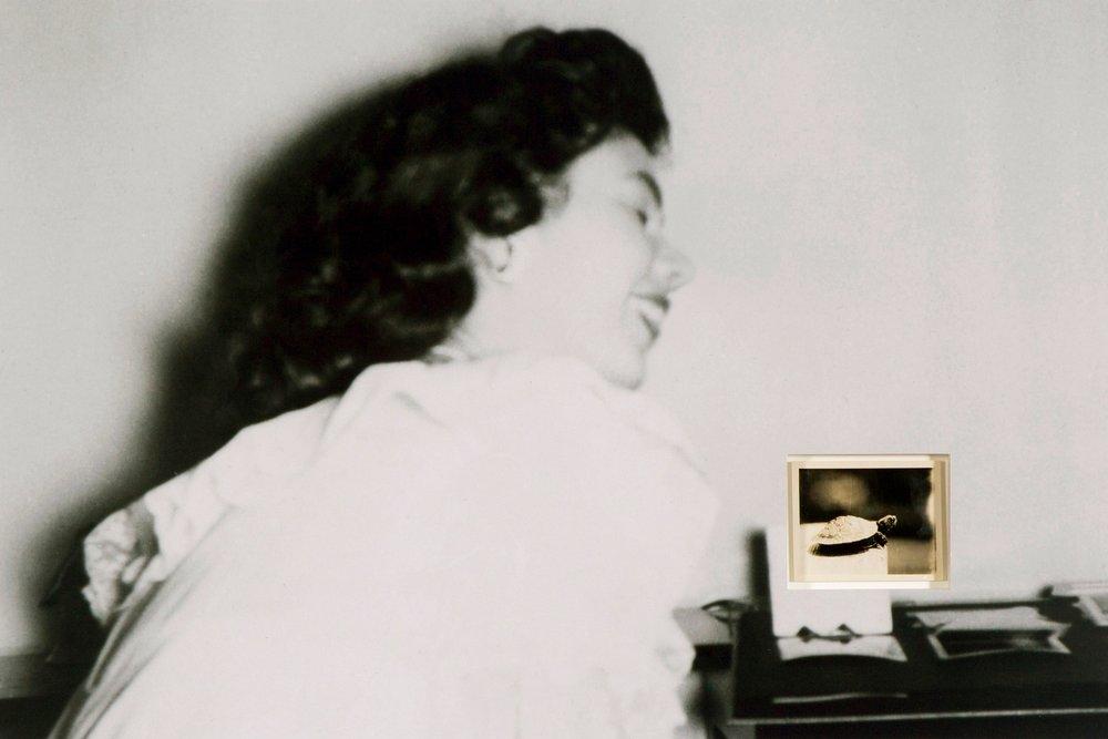 3a Estratos. Mujer riendo.jpg