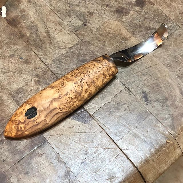 """Received this beautifully handcrafted spoon carver from #deepwoodsventures last evening. I've decided to start making some small gift items out of our """"scrap"""" wood. Couldn't be happier I highly recommend Deepwoods Ventures🍻#handmade #spooncarving #spooncarver #usingscrapwood"""