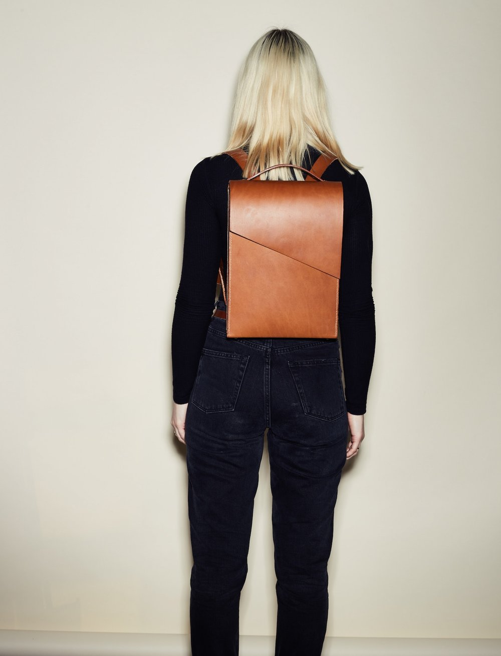 SHOP boxy asymmetric LEATHER BACKPACKS HERE