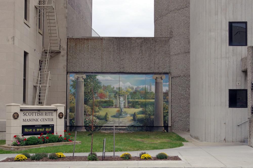 Mural photo Oct 2015 2.JPG