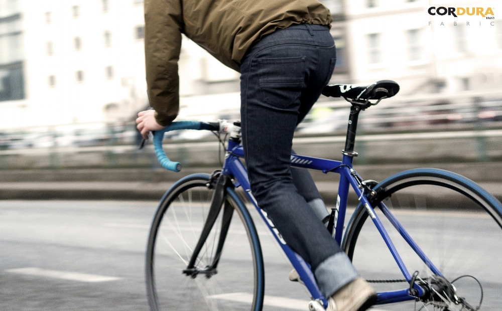 CYCLING JEANS 3.jpg
