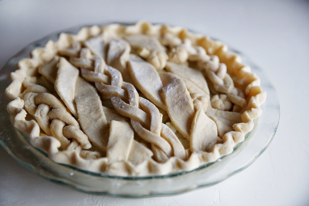 Apple Cardamom Cable Knit Pie
