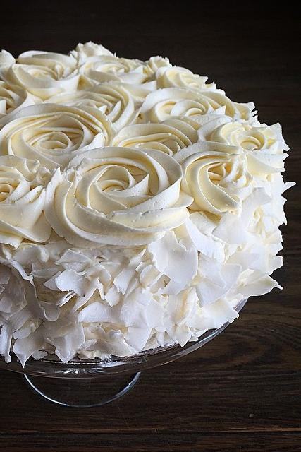 Meringue Cake Frosting