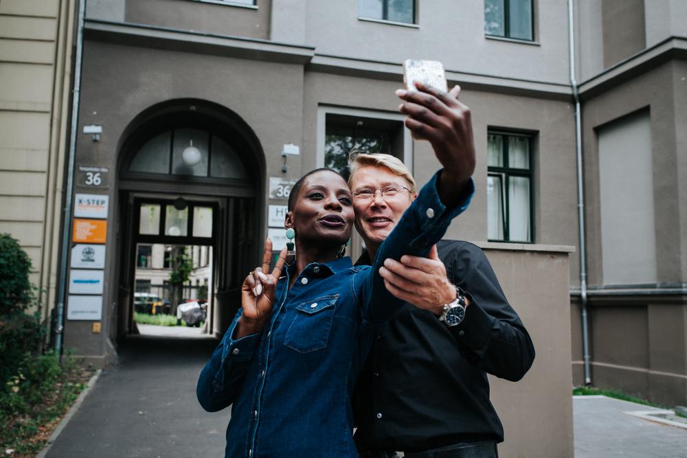 braetalon lifestyle photographer mika häkkinen uber johnnie walker