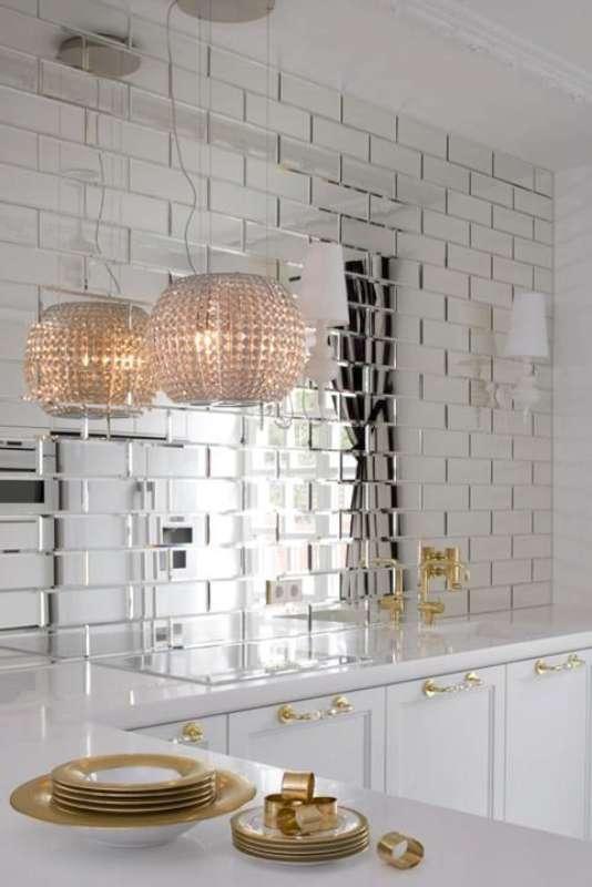 Modena-Glass-Mirror-Tile-Scene-7.jpg