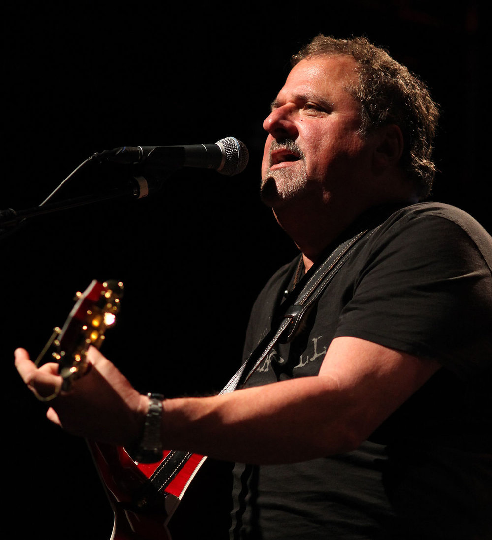 Bob_DiPiero_-_CMA_Songwriters_Series_2014.jpg