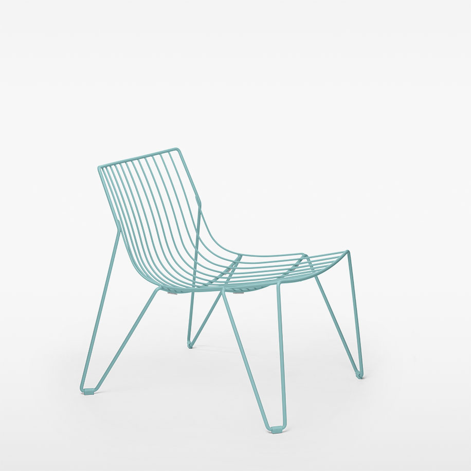 Tio Easy Chair / MASSPRODUCTIONS Product Link SPEC SHEET - Inquire within - info@smlpond.com