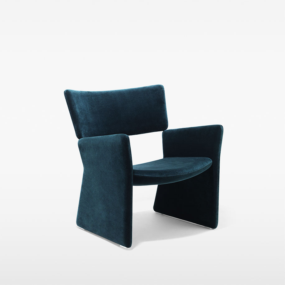 Crown Easy Chair / MASSPRODUCTIONS Product Link SPEC SHEET - Inquire within - info@smlpond.com