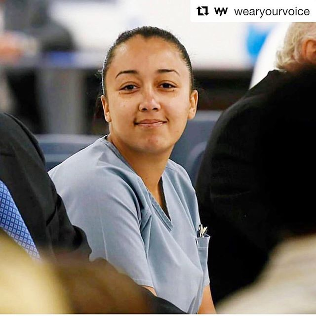 YES! #repost @wearyourvoice —  via @blackyouthproject: #CyntoiaBrown has been granted clemency and eligible for release #Aug7. She will stay on parole for 10 years. #JusticeforCyntoia . . . . #abolishprisons #sextrafficking #justice #tennessee