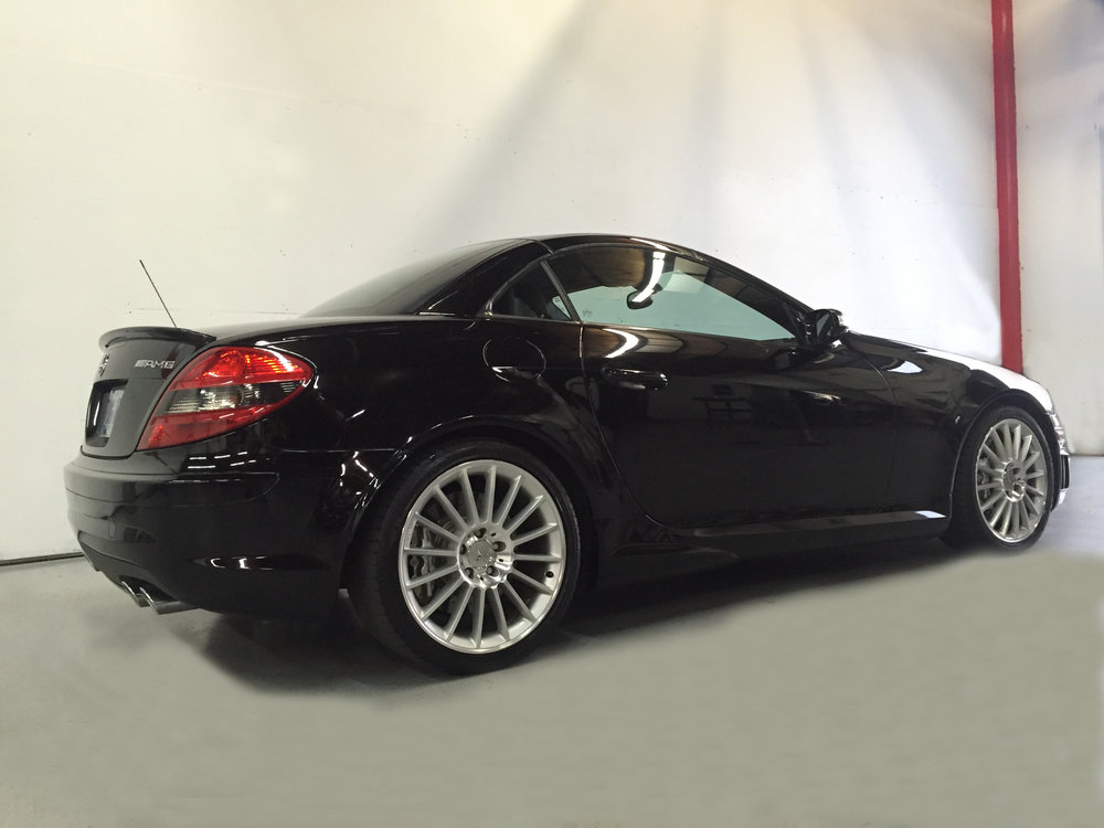Botta Moto Works Mercedez Benz AMG  SLK55 side.jpg