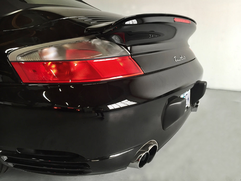 Botta Moto Works Porsche 996 Turbo Cab rear.jpg