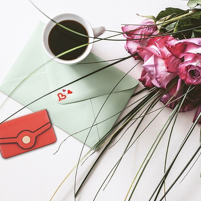 Roses. Love Letters. & an amazing SALE ❤️ . Now through Presidents Day Weekend: Extra 25% off sale items with code PRESDEXTRA25 . . . Sale items ONLY. Code expires 2.18.19 at 11:59pm PST. Cannot be combined with any other promo codes. Cannot be applied to a previous order. While supplies last.