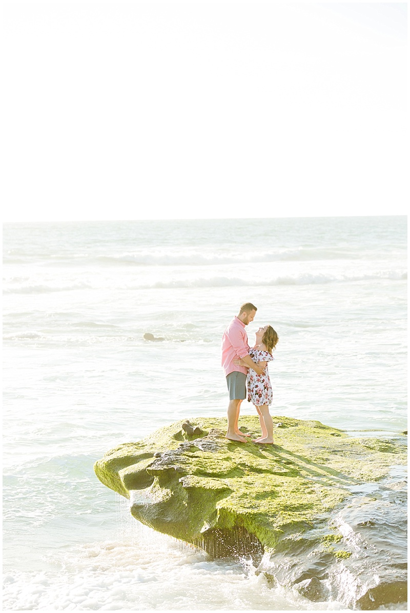 007San Diego Beach Engagement .jpg