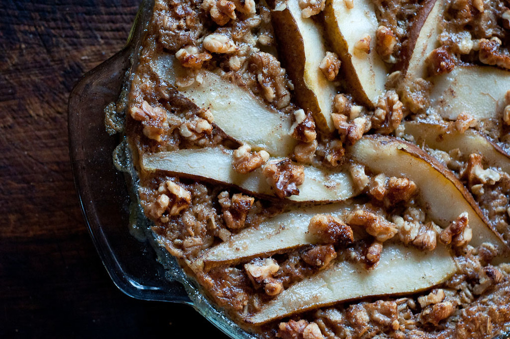 Baked Oatmeal with Roasted Pears