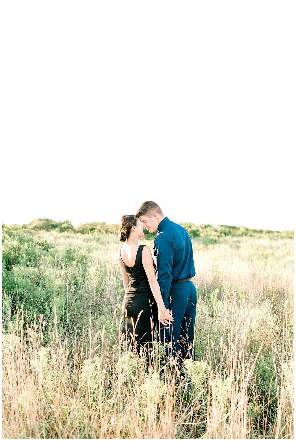 august18-rhode-island-engagement-photography-field-couples-portraits-field-1.jpg