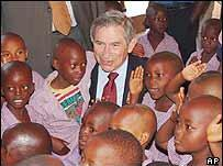 Wolfowitz-with-children2.JPG