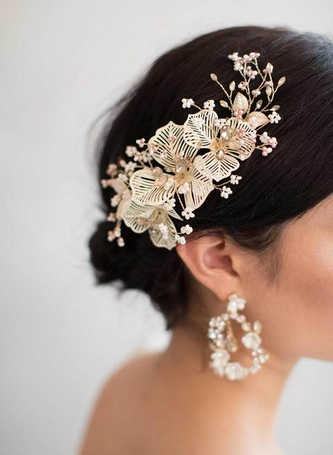 831q-crystal-bridal-dangle-earrings-twigsandhoney_480x.progressive.jpg