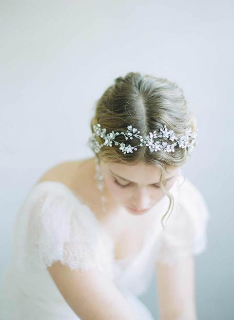 840a-infinity-loops-crystal-bridal-hair-vine-twigsandhoney_480x.progressive.jpg