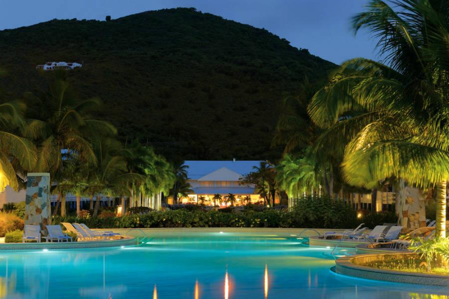 st martin piscina pool-nueva_tcm57-127873.jpg