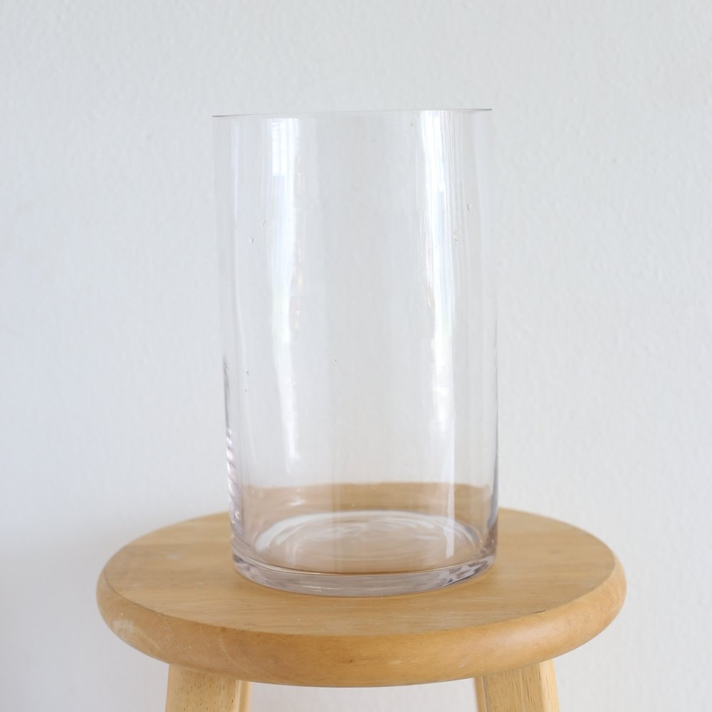 "cylinder vase - 10"" x 6"""