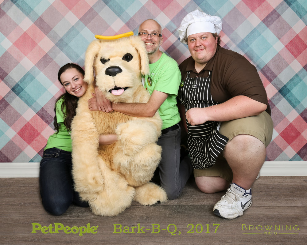 petpeople-westerville-bark-b-q-6