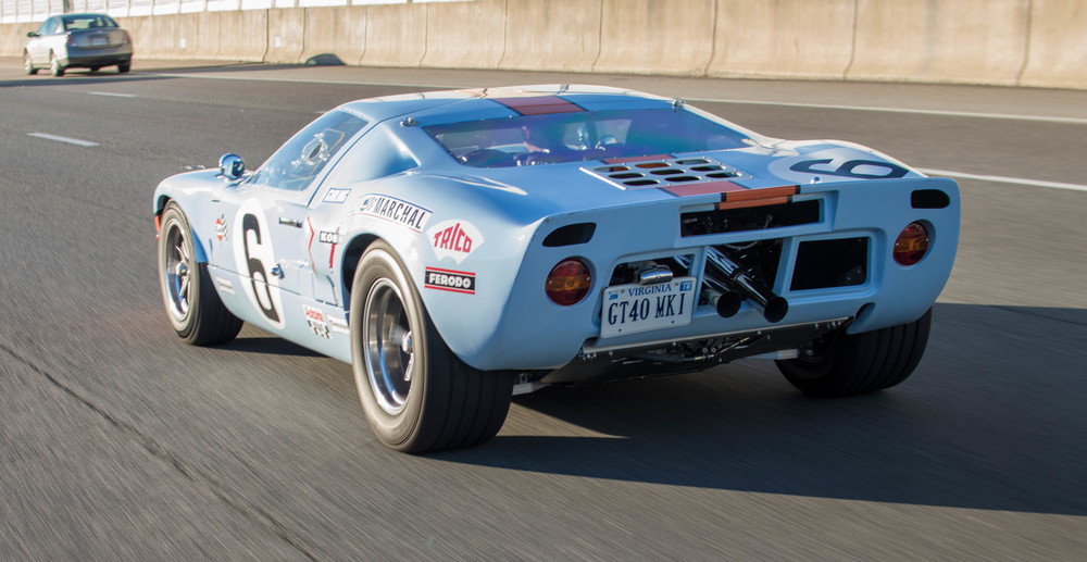Howard's GT40 MKI Replica 27
