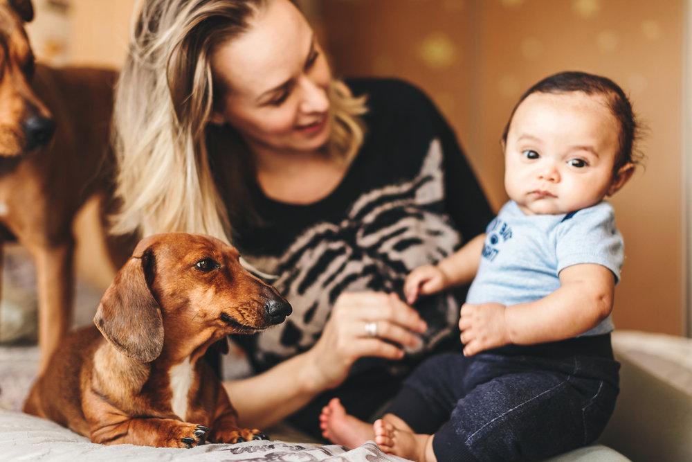 toronto-lifestyle-baby-photographer-10_1.jpg