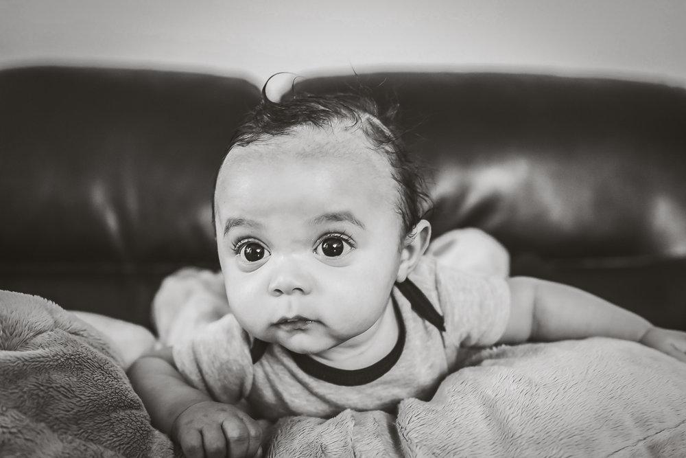 toronto-lifestyle-baby-photographer-13_1.jpg