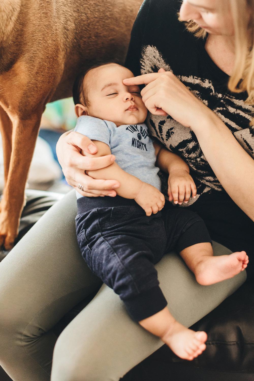 toronto-lifestyle-baby-photographer-20_1.jpg
