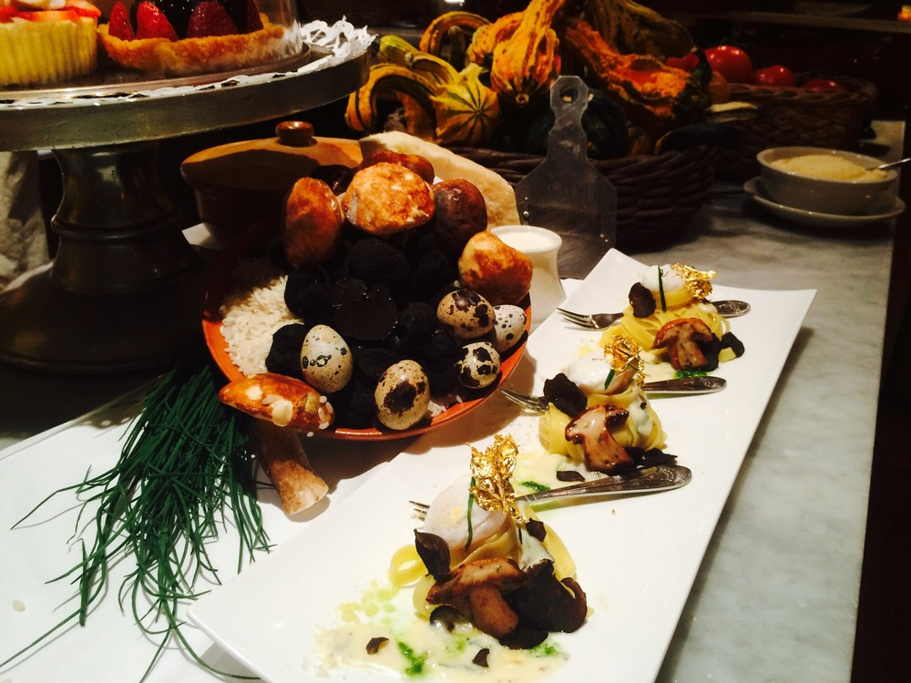 "CHEF RAFFAELE SOLINAS   De Cecco fettuccine, winter black truffle, imported porcini mushrooms, quail eggs and gold leaf (truffle butter sauce) ""23 KT edible"