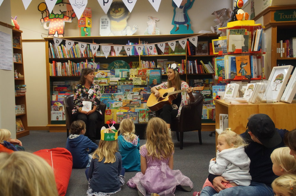 We were so excited to present our new pukapuka to te ao marama! The University Bookshop was the pīwari perfect location. Bright, colourful and warm. Ngā mihi Bronwyn, Clemency and the whānau at UBS! Thank you to all the mātua and tamariki who came along on a brisk Ōtēpoti morning for waiata and stories from us.