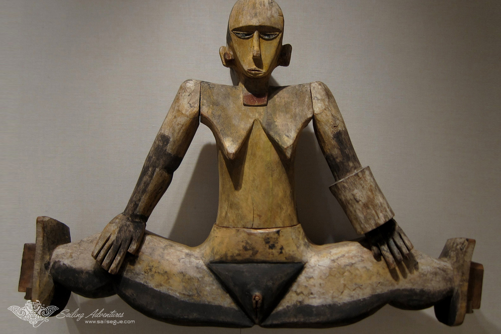 Fertility Idol, Traditional Carolines Carving, Etpison Museum, Koror, Palau.jpg