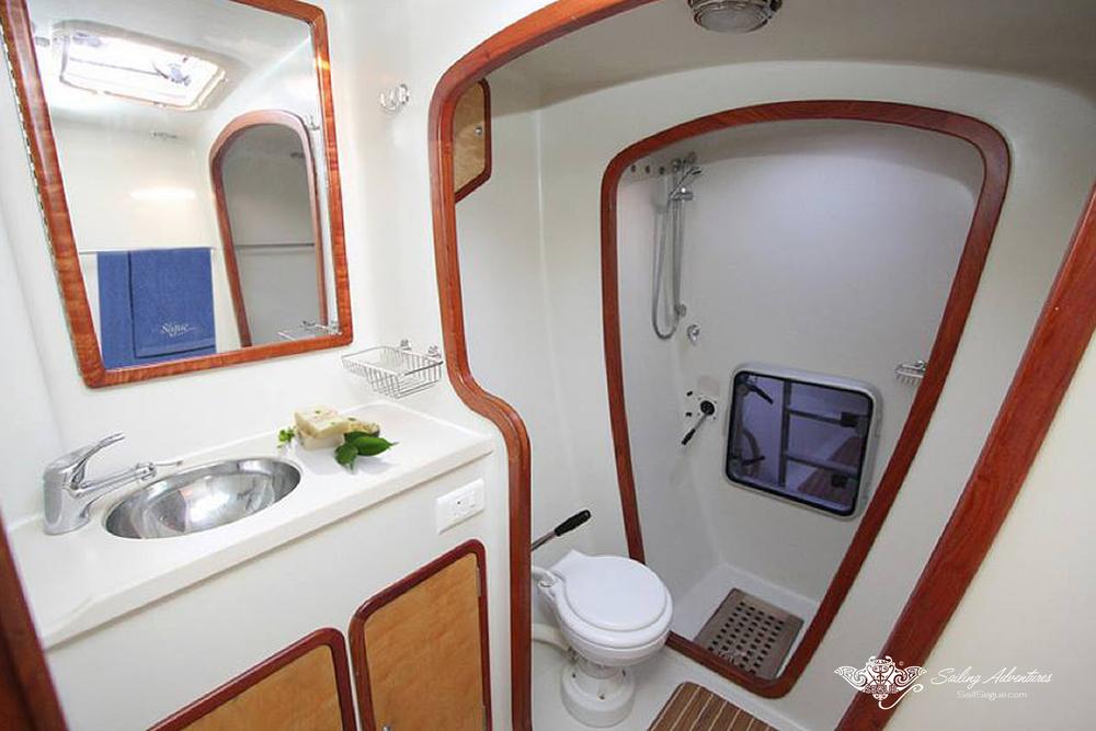 toilet+starboard.jpg