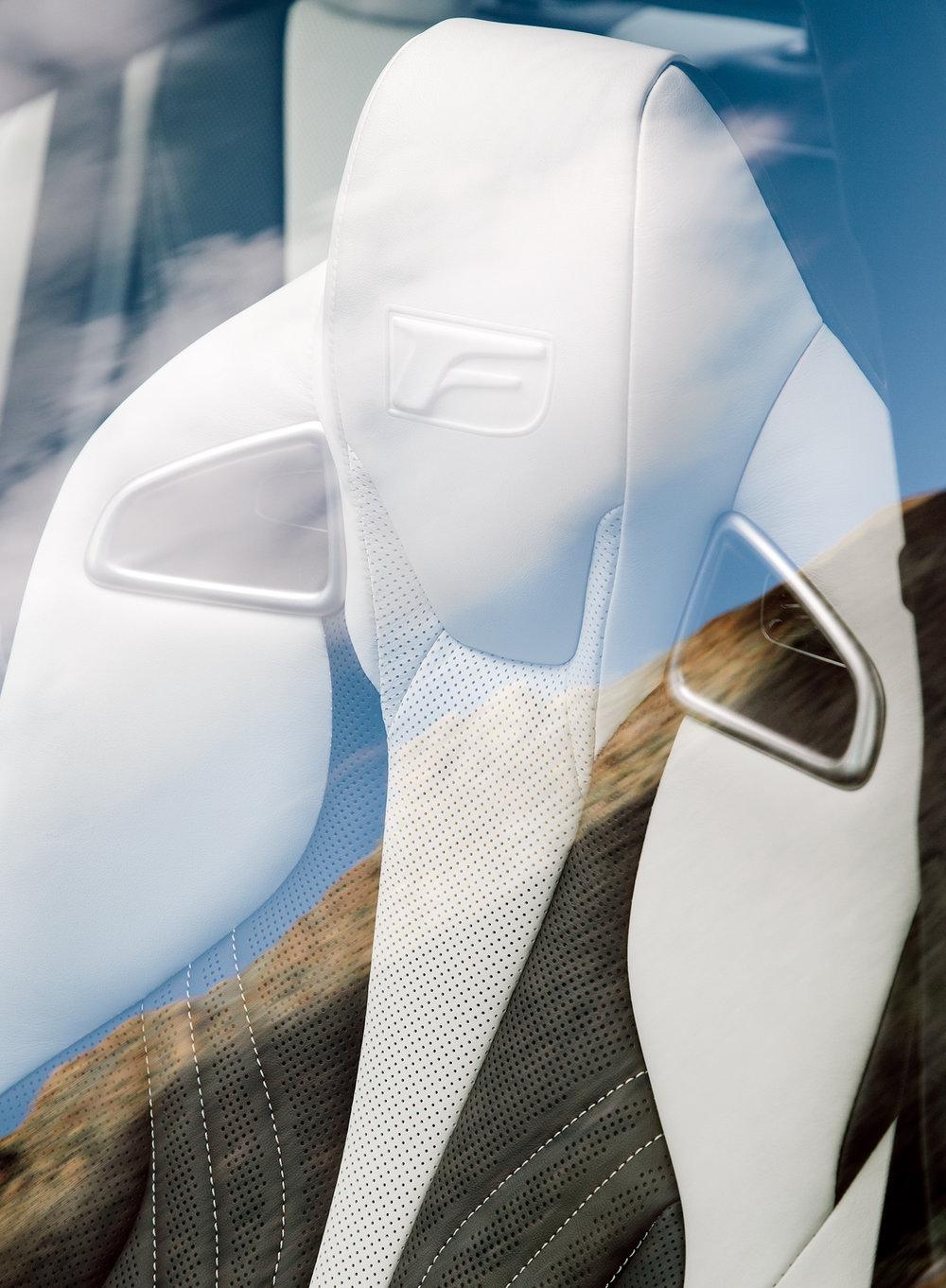 Lexus_Reveal_Details_FrontSeat_004.jpg