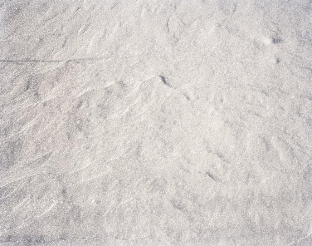 79316ec356ff9a32-snow.jpg