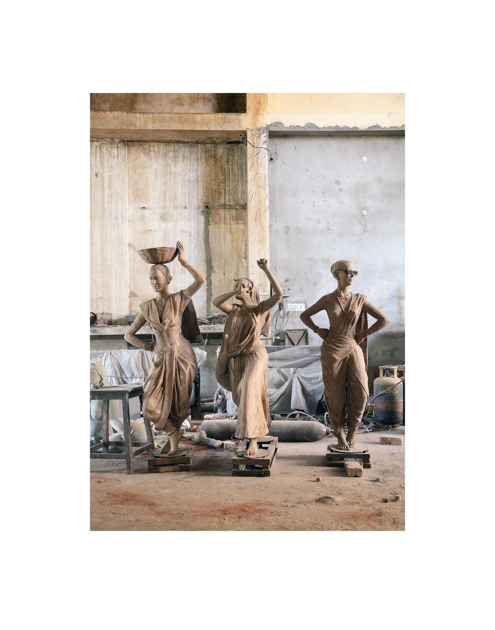 4911_Statues.jpg