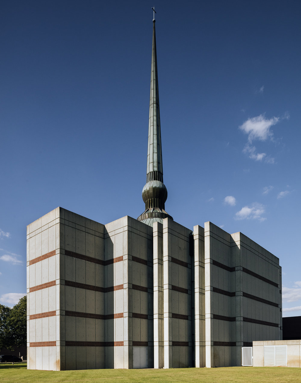 St. Peter's Lutheran Church, designed by Gunnar Birkerts, 1988.