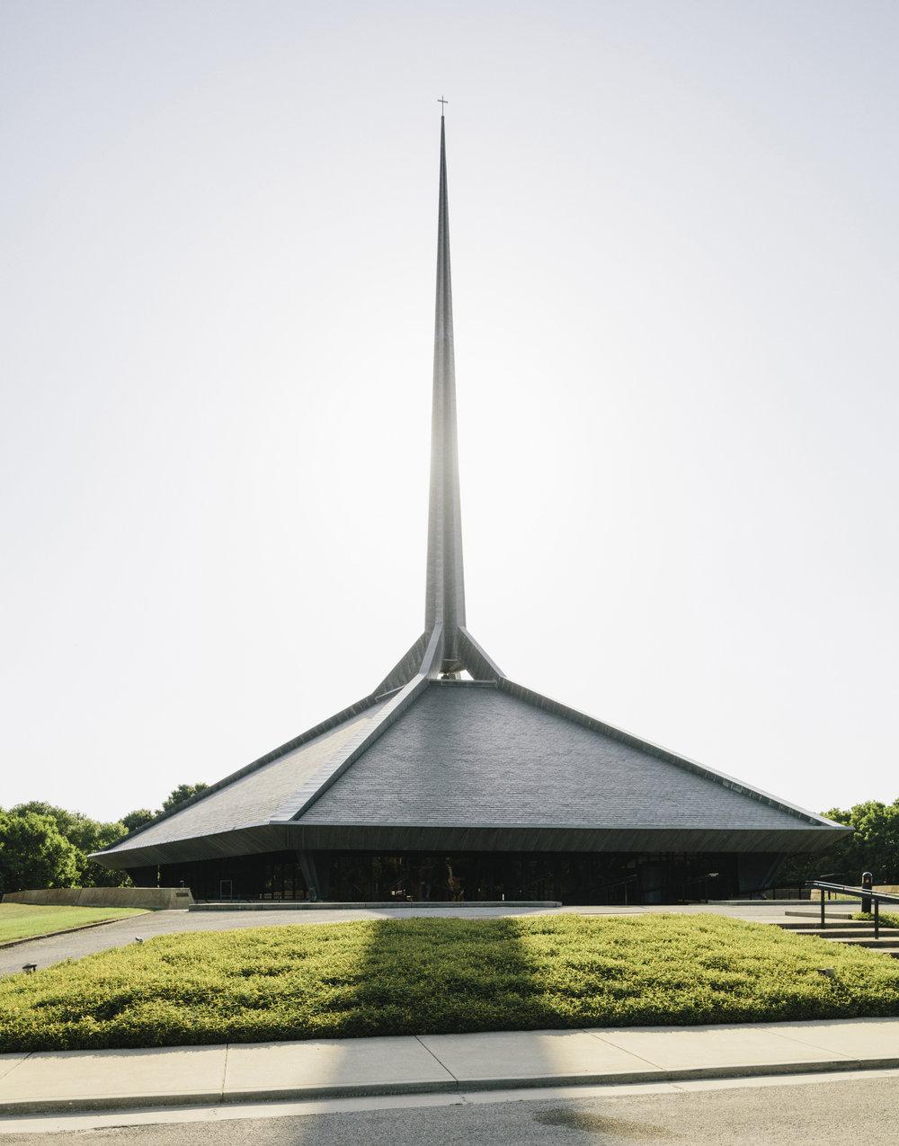 North Christian Church. designed by Eero Saarinen, 1964.